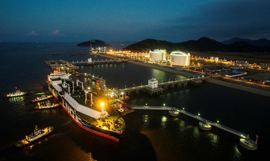 Sinopec построит новый терминал СПГ в Чжоушане