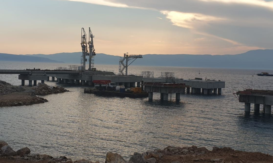 Golar обещает отправить FSRU для Хорватии в конце сентября