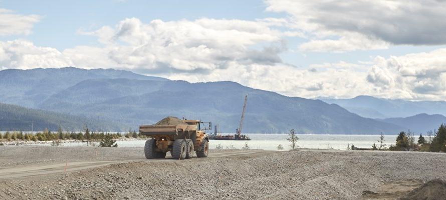 Строительство СПГ завода LNG Canada постепенно возобновляется