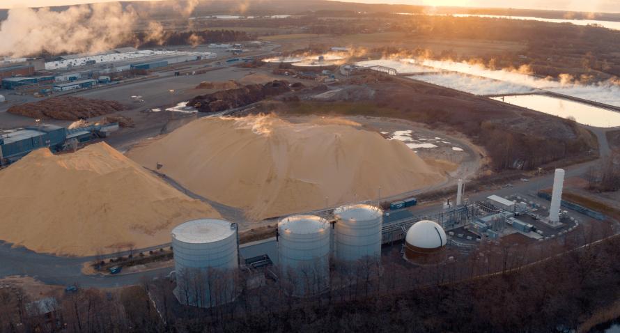 Gasum открывает первый в Швеции завод по производству сжиженного биогаза