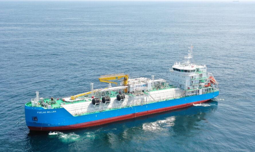 """Первое в Сингапуре судно-бункеровщик СПГ FueLNG Bellina получило сертификат экологического класса""""Green"""" от MPA"""